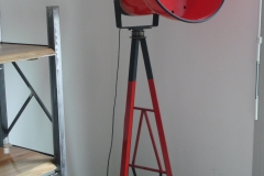 Lampe balise rouge 3 pieds