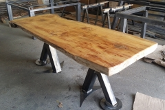 Table brute